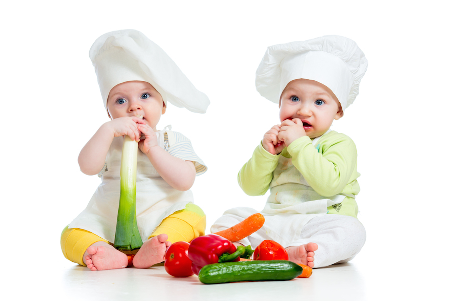 babies eating healthy food